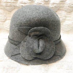 Nine West 100% Wool Gray Cloche Hat